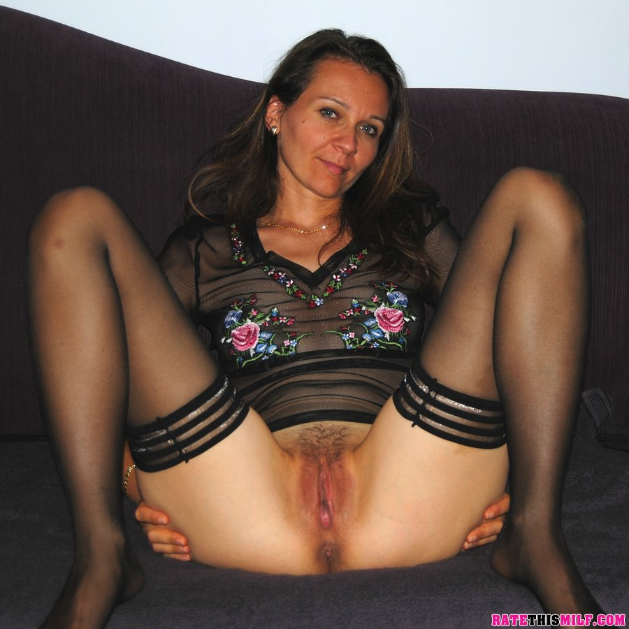 ratethismilf - rate my milf. rate pictures and videos or real